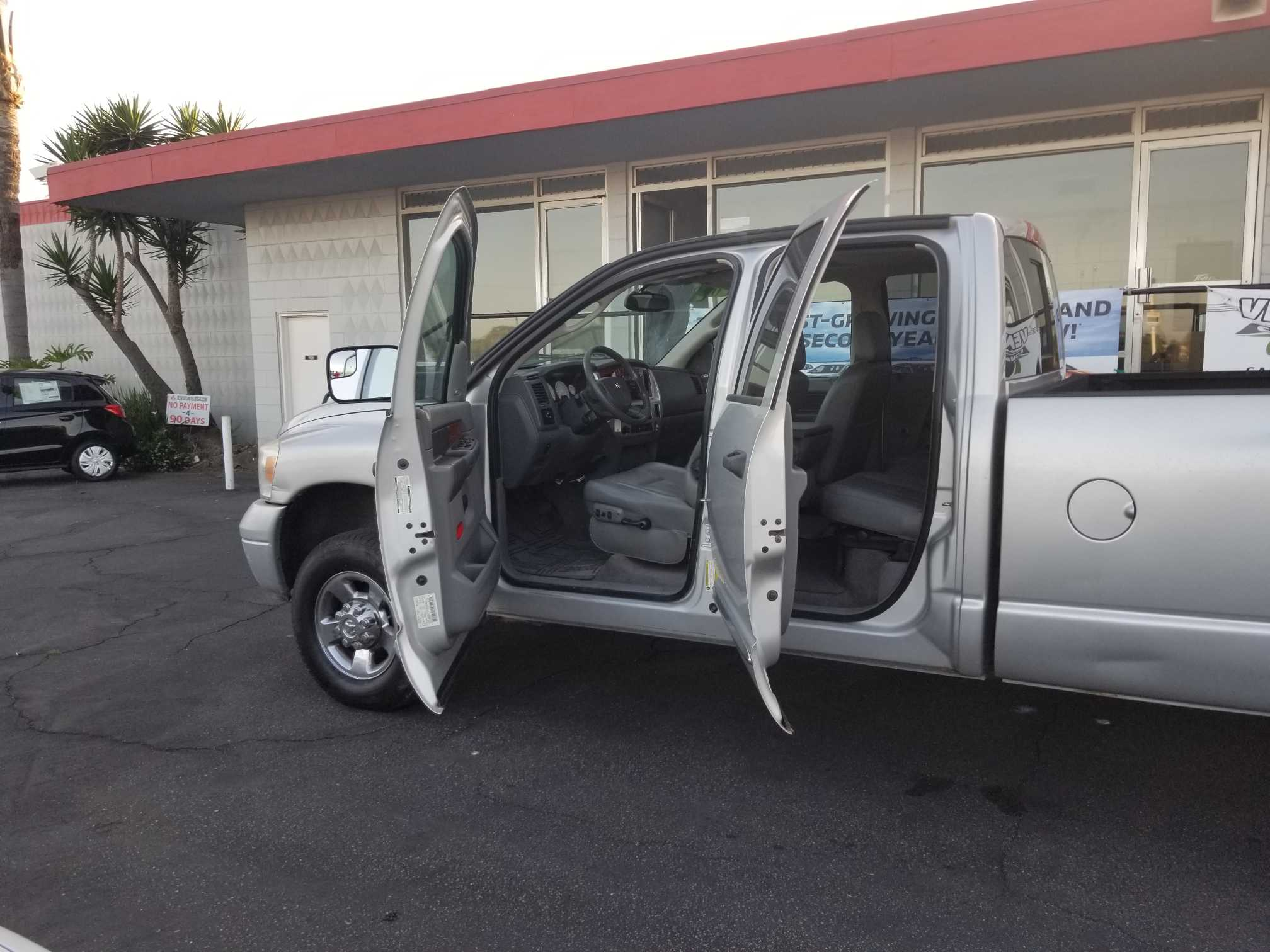 Pre-Owned 2007 Dodge Ram Pickup 2500 Laramie