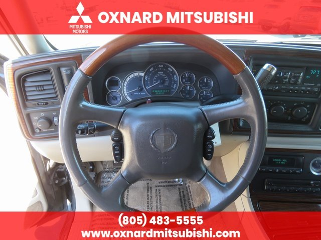 Pre-Owned 2002 Cadillac Escalade EXT Base