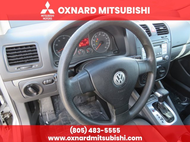 Pre-Owned 2007 Volkswagen Rabbit 2.5